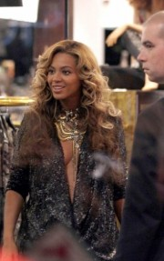 beyonce in selfridges london