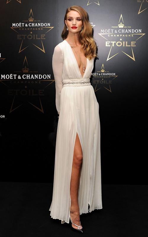 rose burerry white dress