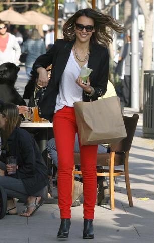 jessica alba red jeans celebrity