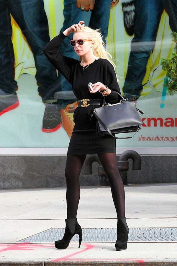Lindsay Lohan spotted out and about in New York City wearing an all black outfit as she made her way down the streets of the SoHo neighborhood