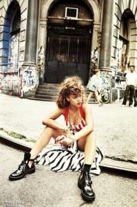 rihanna sitting on pavement