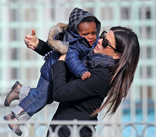 sandra bullock and louis at park