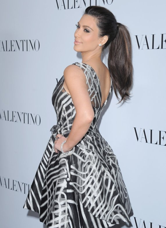 lela rose black and white gown kim kardashian