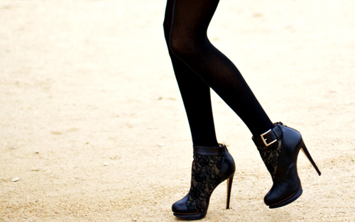 leggings with boots