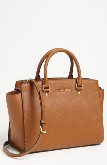 Michael kors bag beige