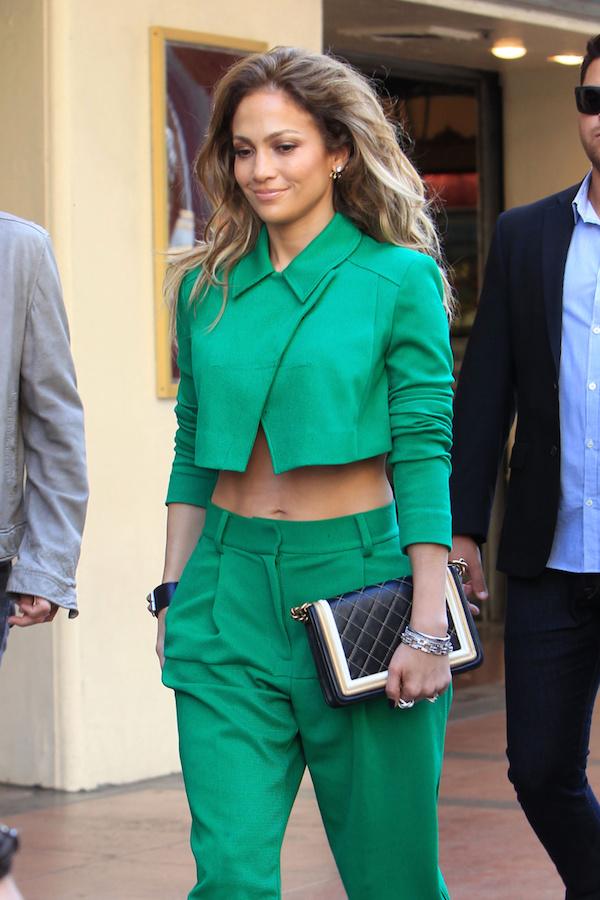 Jennifer lopez green outfit